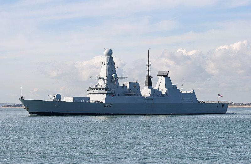 800px-HMS_Daring-1