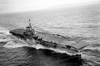 Aerial_photography_of_HMS_Victorious